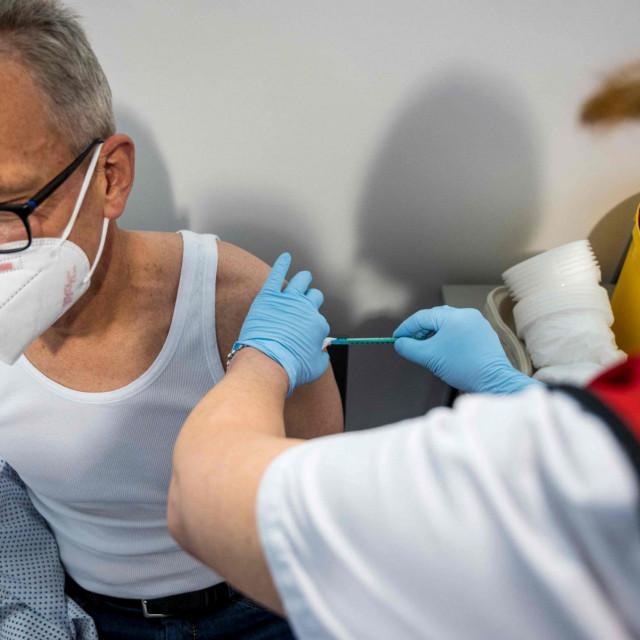 Cijepljenje Pfizerom