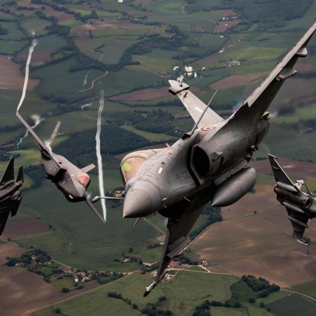 F-35A Lightning II Zračnih snaga SAD-a i Dassault Rafale Zračnih snaga Francuske