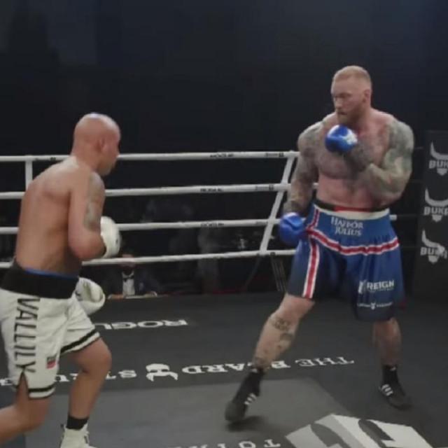 Simon Vallily vs. Hafthor Bjornsson