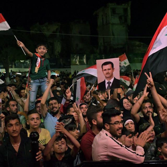 Proslava Asadove pobjede u Alepu