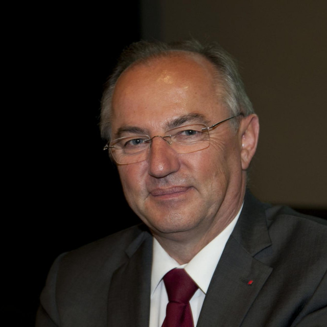 Josip Juratovć