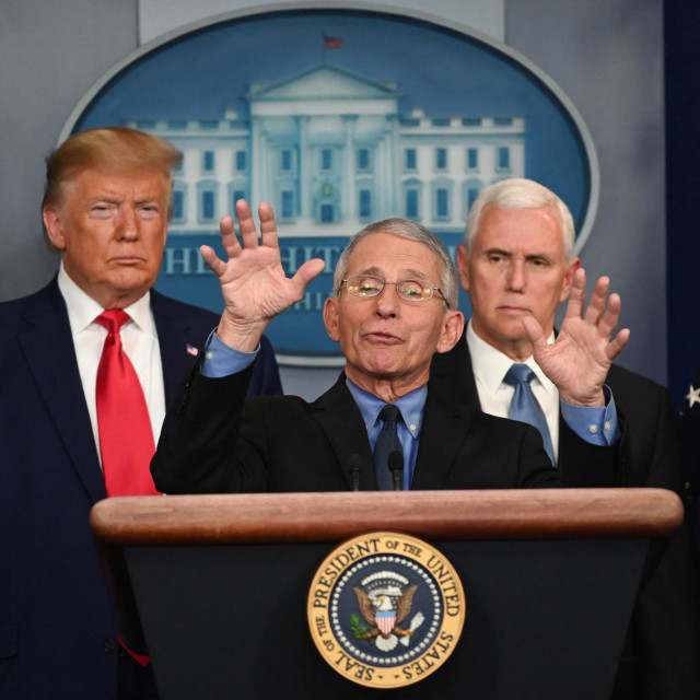 Anthony Fauci, Donald Trump i Mike Pence