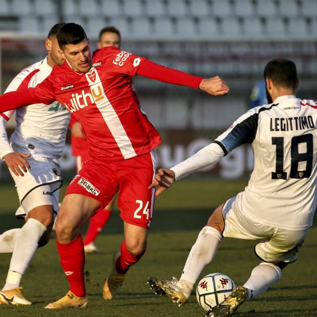 Mirko Marić u crvenom dresu Monze
