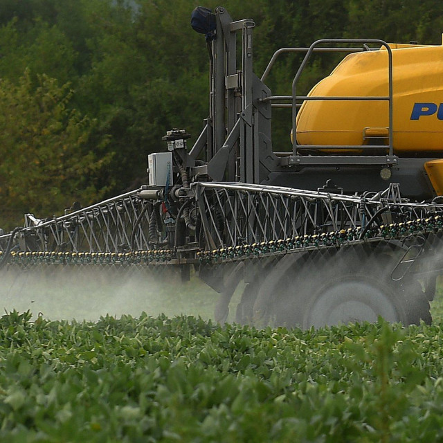 Trendovi prodaja pesticia u EU su u opadanju. Manje od Hrvatske pesticidakoriste Latvija, Cipar i Slovenija.