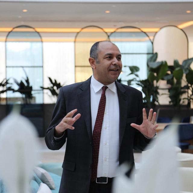 Ayhan Basci, generalni direktor