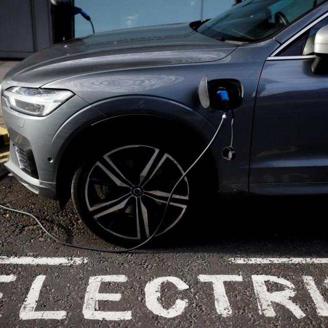 Električni automobil, ilustracija
