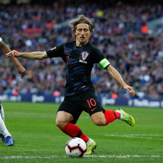 Luka Modrić protiv Engleske