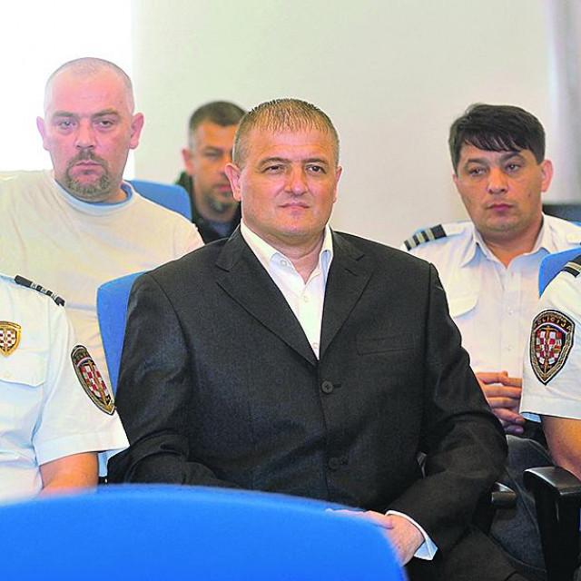 Anti Rosi sudilo se i za krvavu pljačku Fine, ali je oslobođen optužbe