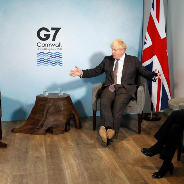 Boris Johnson, Charles Michel i Ursula von der Leyen