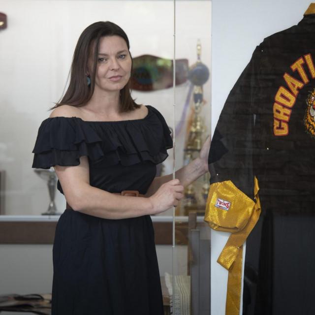 Ivana Cikatić, supruga pokojnog Branka Cikatića, uskoro otvara bistro koji će krasiti eksponati iz njegove sportske karijere te će tako to biti i svojevrsni muzej u spomen na Branka