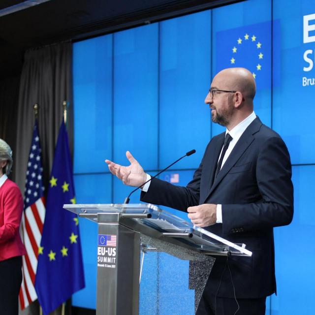 Predsjednica Europske Komisije Ursula von der Leyen i predsjednik Vijeća Europe Charles Michel