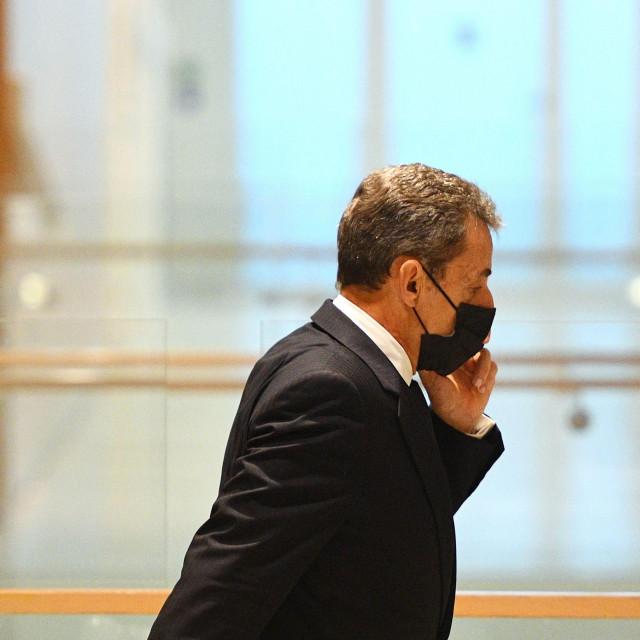 Bivši francuski predsjednik Nicolas Sarkozy stiže na sud