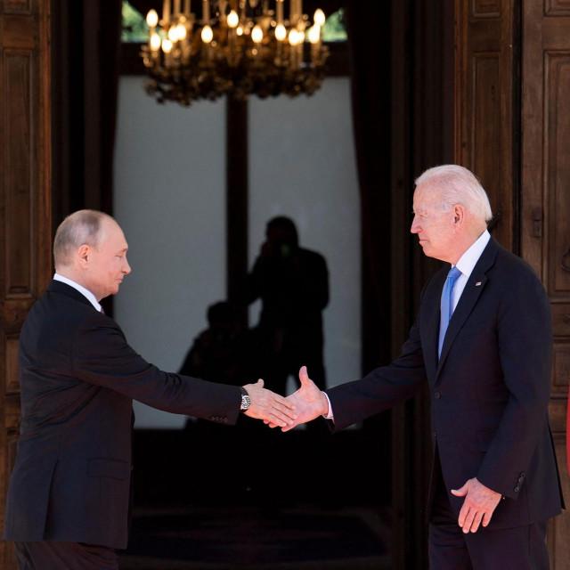 Vladimir Putin i Joe Biden