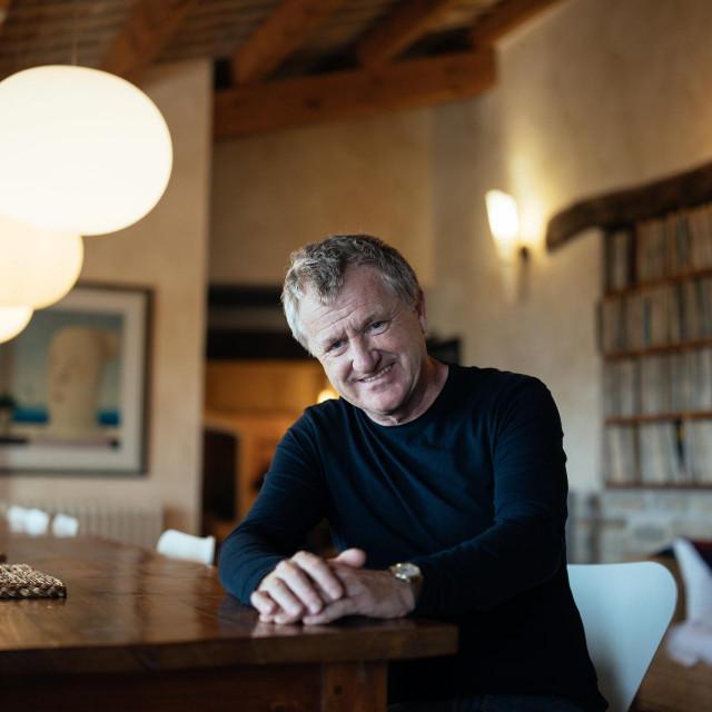 Mike Downey britanski filmski producent koji se doselio u Hrvatsku