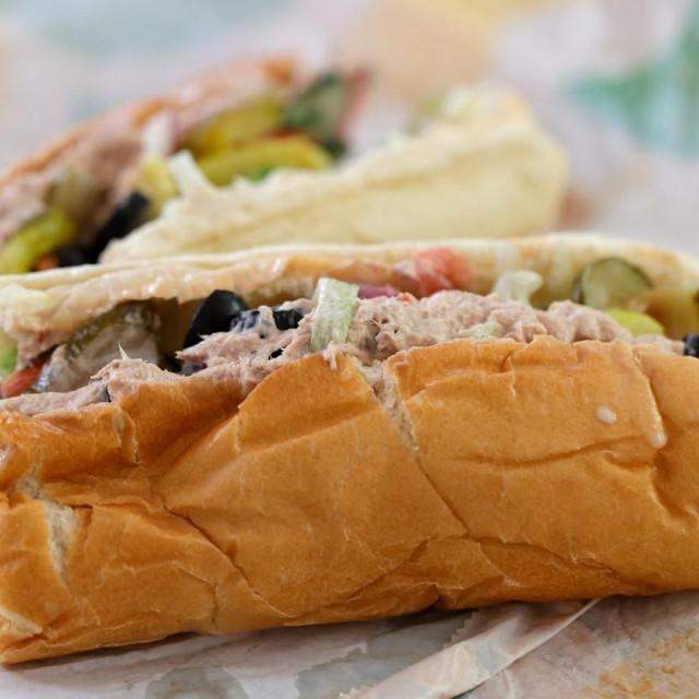 Subway tuna sendvič