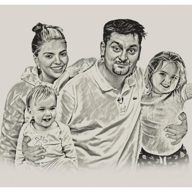Ella i Dino s Ellinim djevojčicama