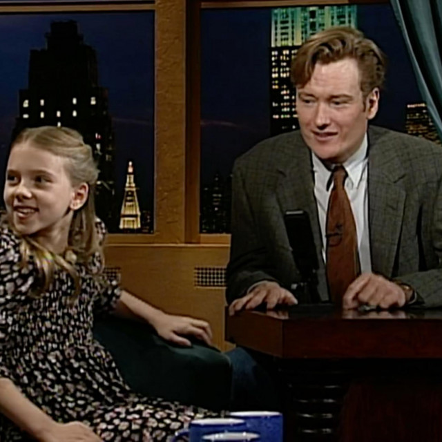 Devetogodišnja Scarlett Johansson u showuLate Night with Conan O'Brien, 1994.