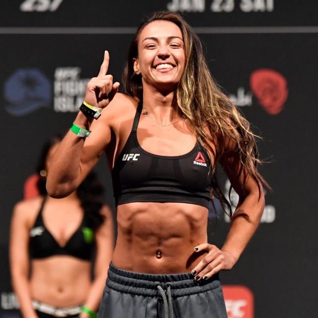 Amanda Ribas