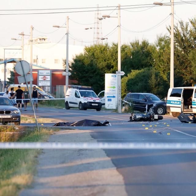 Tragičan sudar automobila i motocikla u Sesvetama