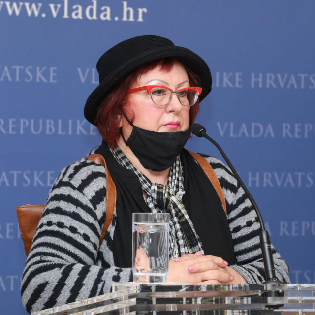 Predsjednica Sindikata umirovljenika Hrvatske Jasna A. Petrović istaknula je kako čak 93 posto svih primatelja obiteljske mirovine čine žene, a mirovina im iznosi tek 29 posto prosječne plaće u državi