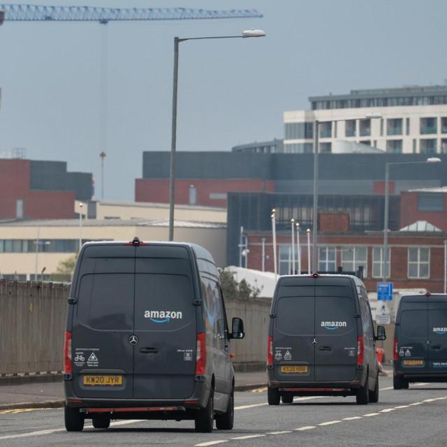 Amazonov distrubucijski centar u Belfastu