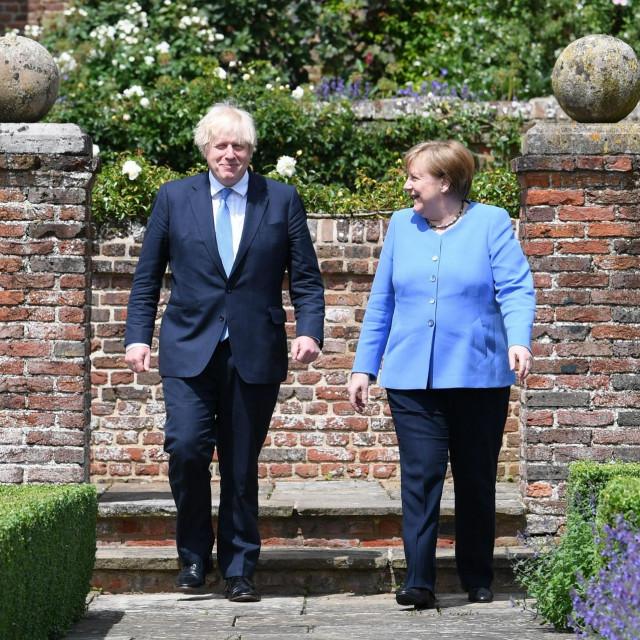 Boris Johnson i Angela Merkel