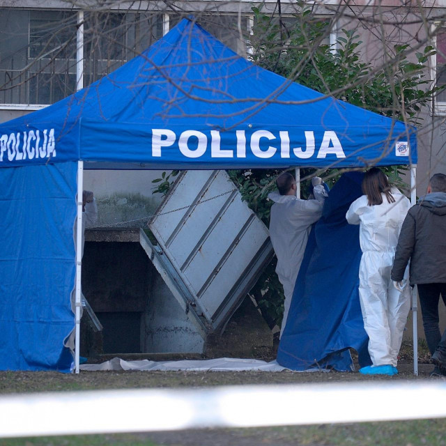 Očevid nakon zločina u zagrebačkom naselju Sopot