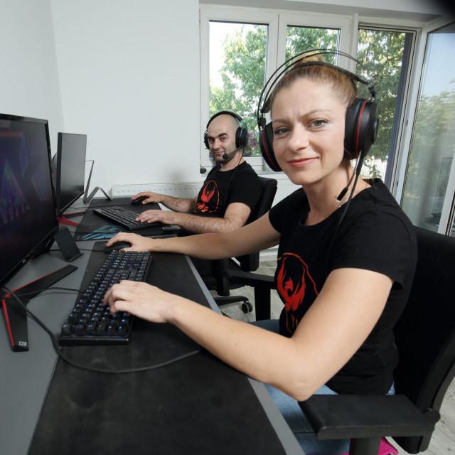 Tanja Putar vlasnica tvrtke Immortal Balkans Esports i suprug Admer Softić<br /> <br />