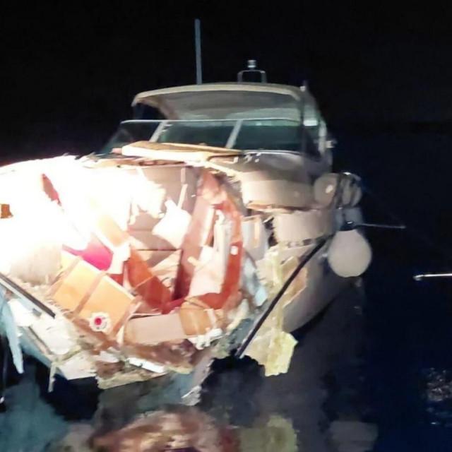 Brod nakon nesreće