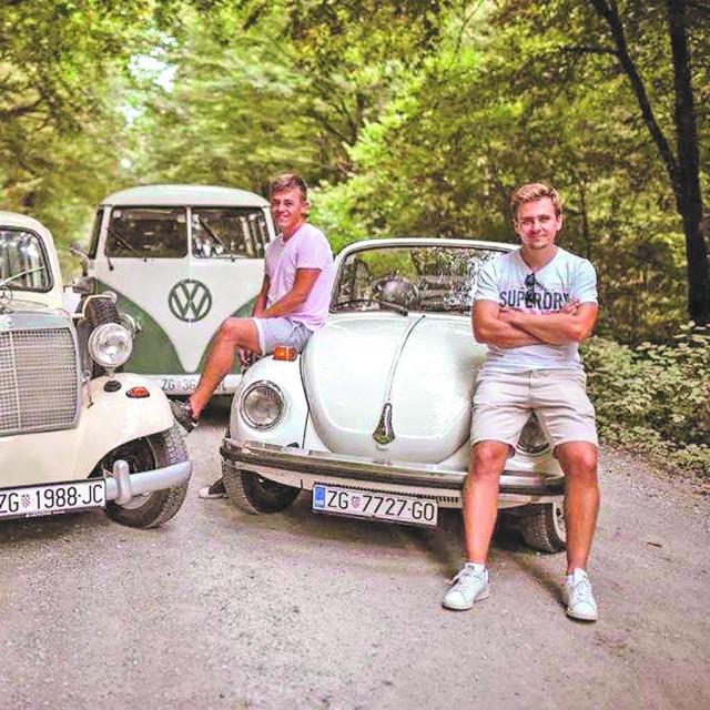 Ivan Kazimir i Fran<strong> </strong>Filipović s Josipom Cukovićem (lijevi na fotografiji)