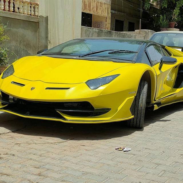 Replika Lamborghinija Aventadora SVJ