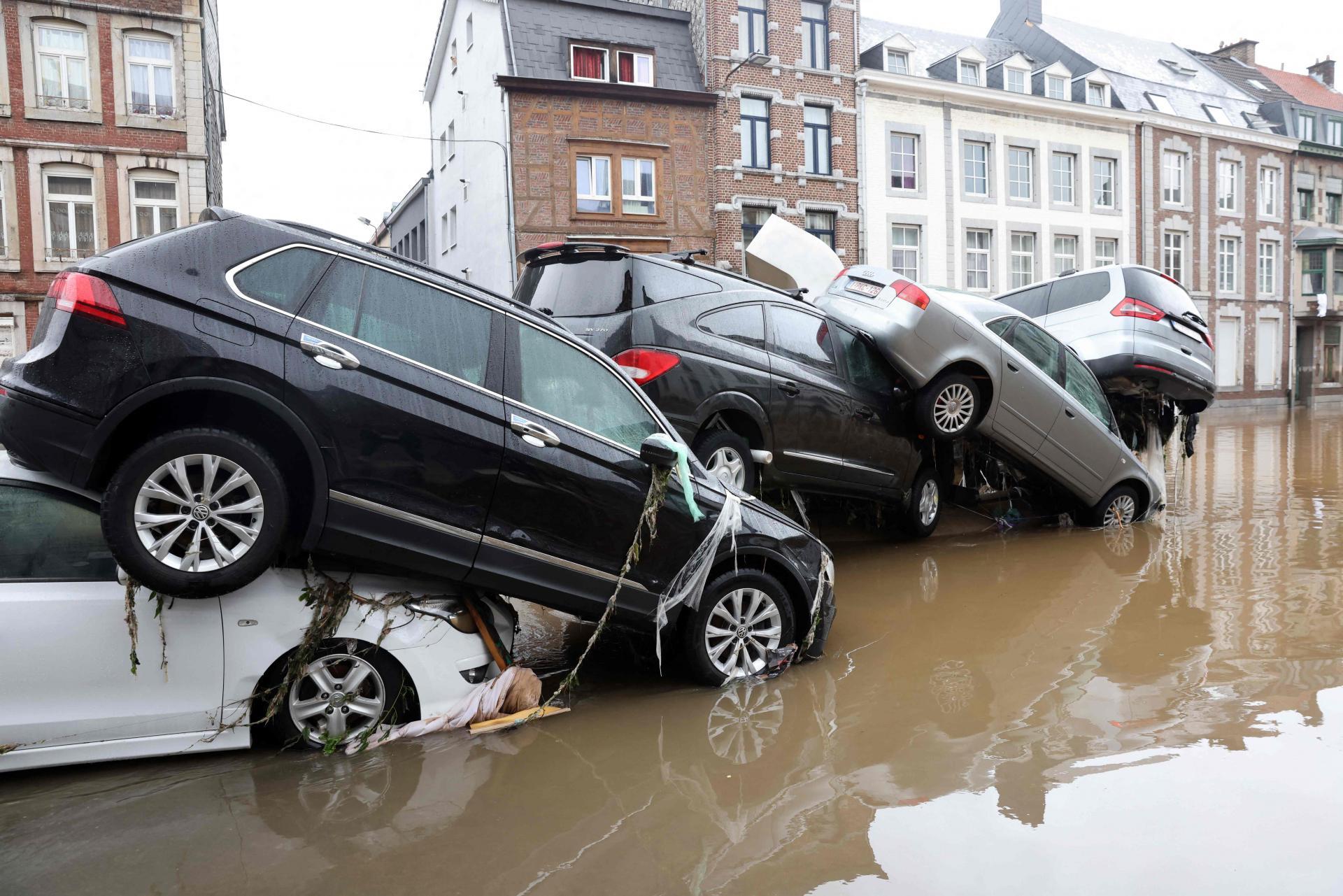 Njemačka : U poplavama najmanje šest poginulih, 30 nestalih - Page 2 11779155