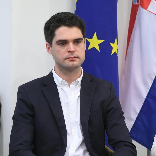Karlo Ressler