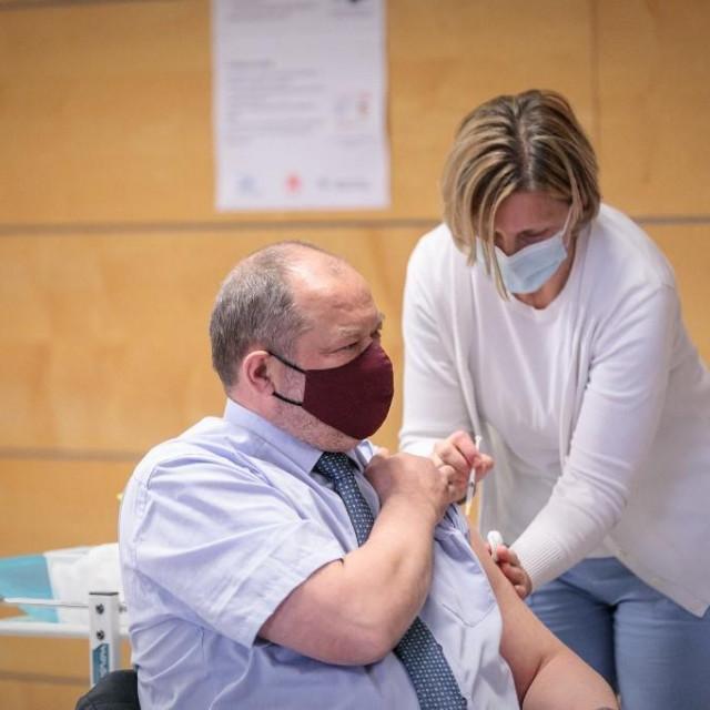 Slovenija, cijepljenje protiv koronavirusa