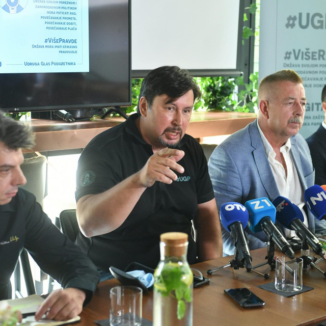 Nikola Božić, Hrvoje Bujas, Mate Matić i Daniel Hanik