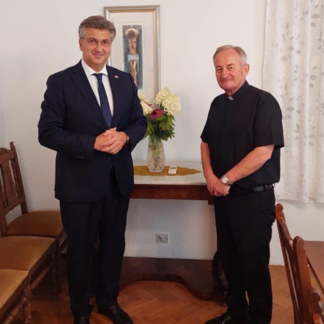Plenkovićev susret s hvarskim biskupom mons. Vidovićem