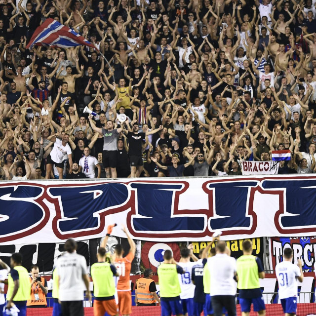 Utakmica Hajduk - Tobol, Ilustracija
