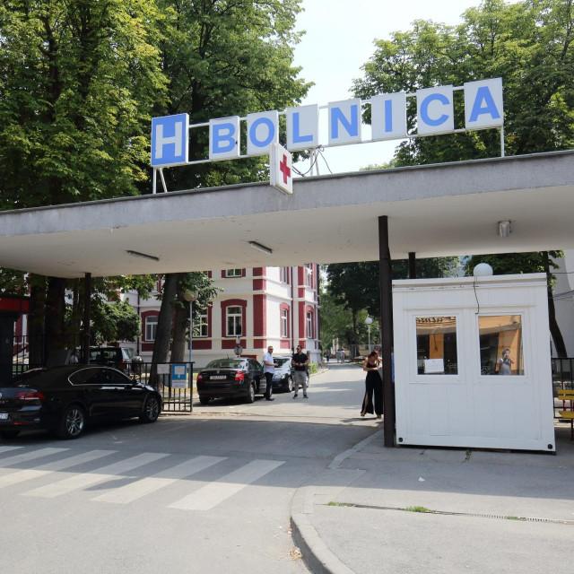 Bolnica u Slavonskom Brodu