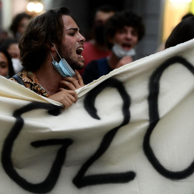 Prosvjednik u Napulju, srpanj 2021