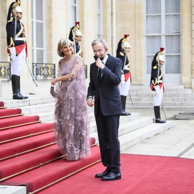 Vlasnik LVMH-a Bernard Arnault sa suprugom