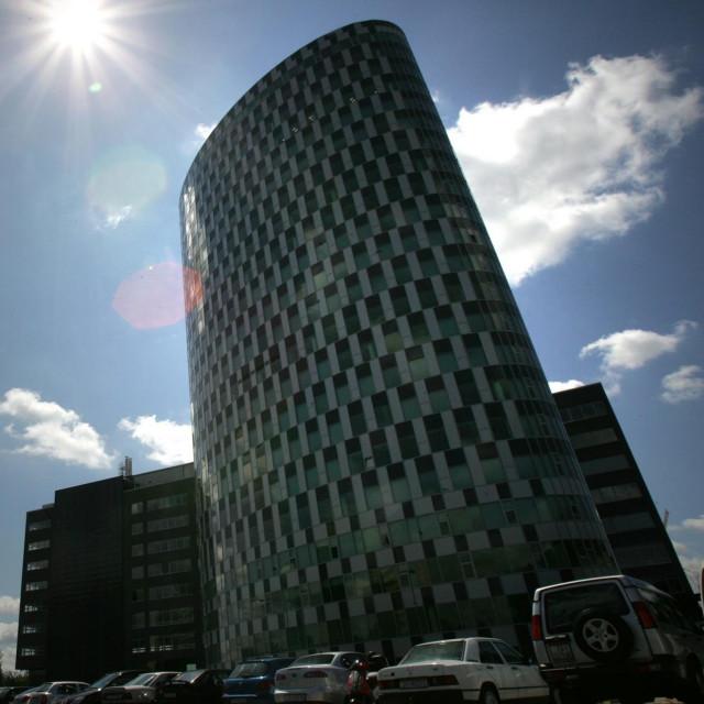 Ova je tvrtka registrirana na Radničkoj cesti 80 u Zagrebu, što je adresa Zagrebtowera