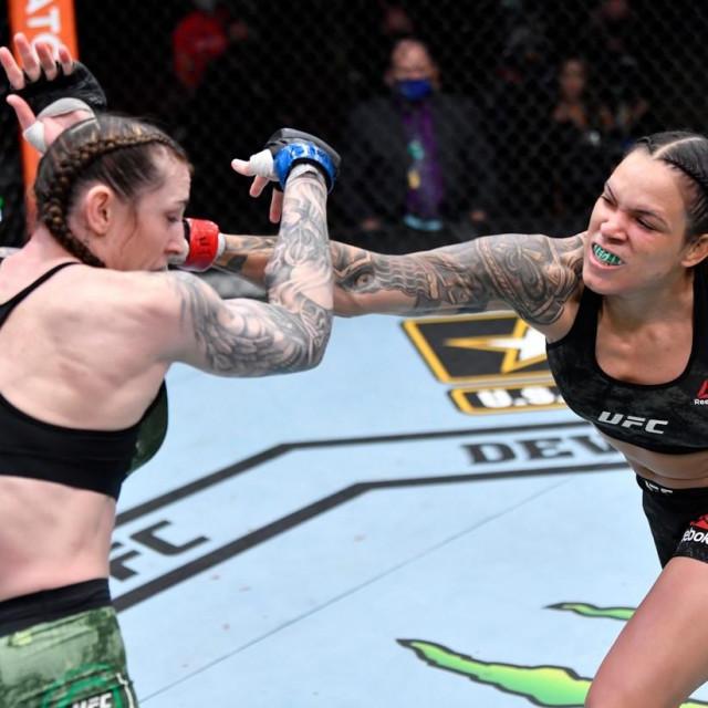 Megan Anderson vs Amanda Nunes