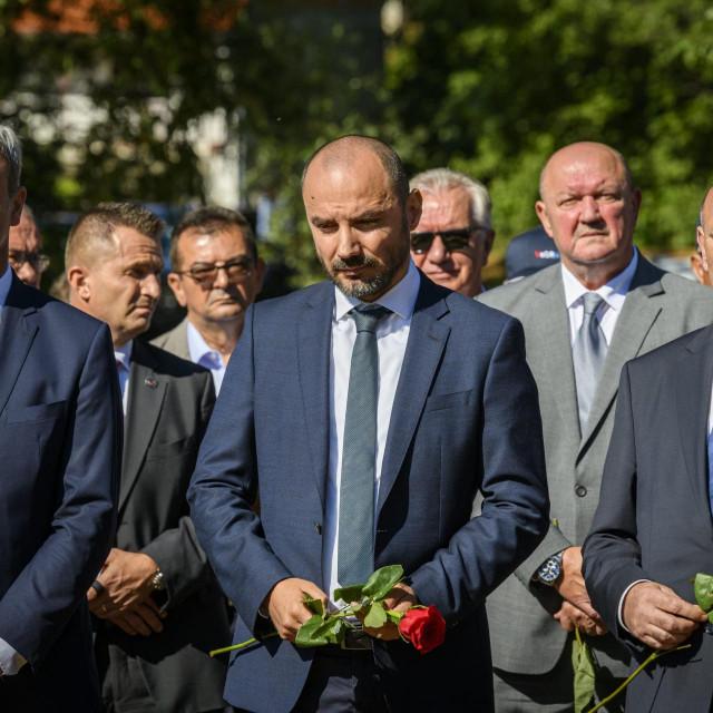 Prošlogodišnja komemoracija za civilne zrtve rata u Plavnom i Gruborima (Boris Milošević i Tomo Medved)