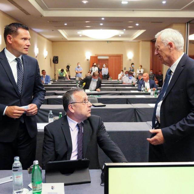 Ervin Kolarec, Damir Komljenović, Stjepan Kožić