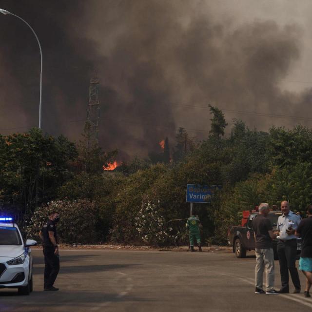 Požar pokraj Atene