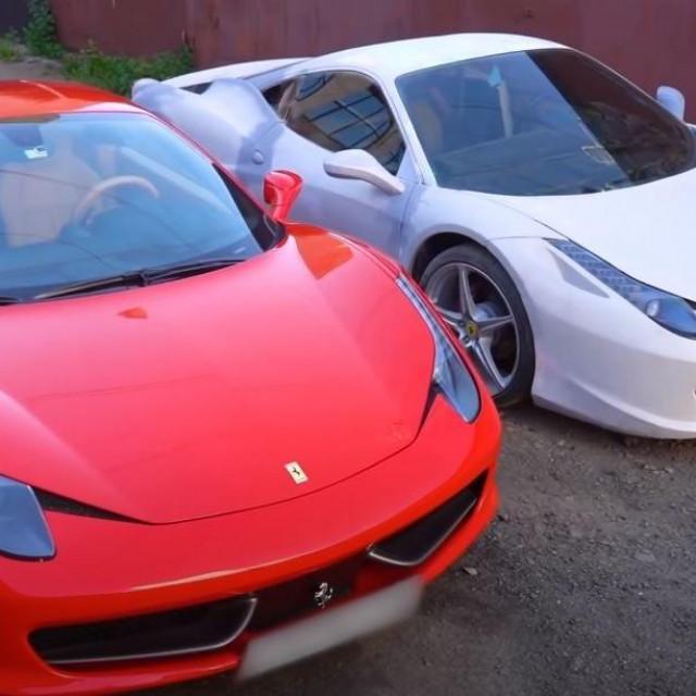 Usporedba Ferrarija 458 Italije i replike