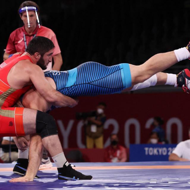 Abdulrashid Sadulaev vs.Kyle Frederick Snyder