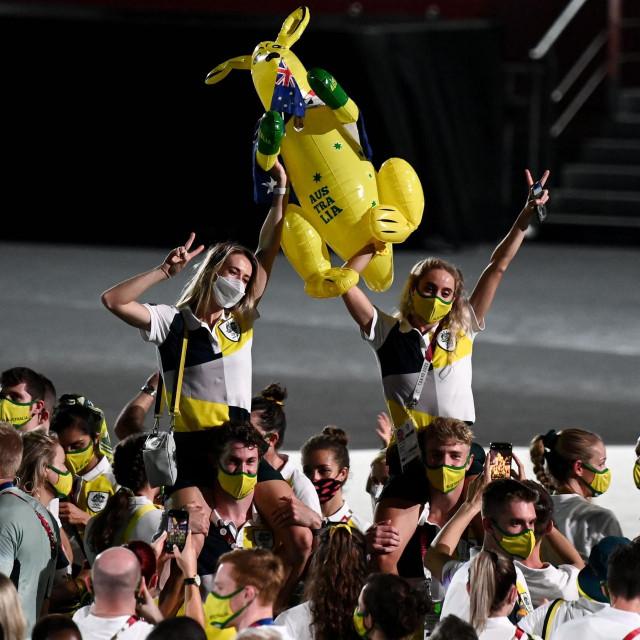 Australski olimpijci tijekom zatvaranja Olimpijskih igara u Tokiju