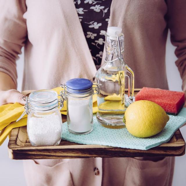 Probajte s prirodnim čišćenjem svog doma.