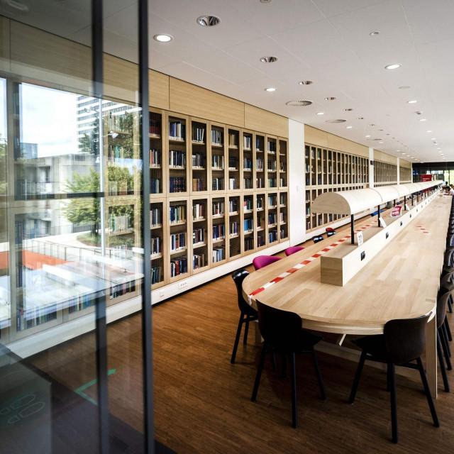Prazna učionica na sveučilištu u Rotterdamu